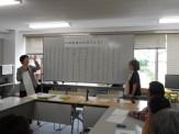 川柳教室でのようす。先生と学習コーディネータです。
