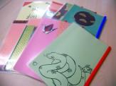 学習者の作成した川柳の冊子に素敵な和紙の表紙が付けられました
