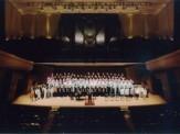 コンサートの集合写真。合唱が素晴らしかったです!【撮影:スタッフ・テス(株)】