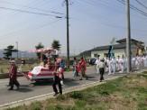 被災後吉浜を離れた住民などの若者たちも、担ぎ手として協力を申し出