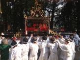 午後3時に熊野神社到着。神社に奉納され、13年ぶりのお祭りが幕を閉じました。