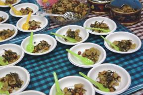 ラペットゥ(お茶の葉サラダ)